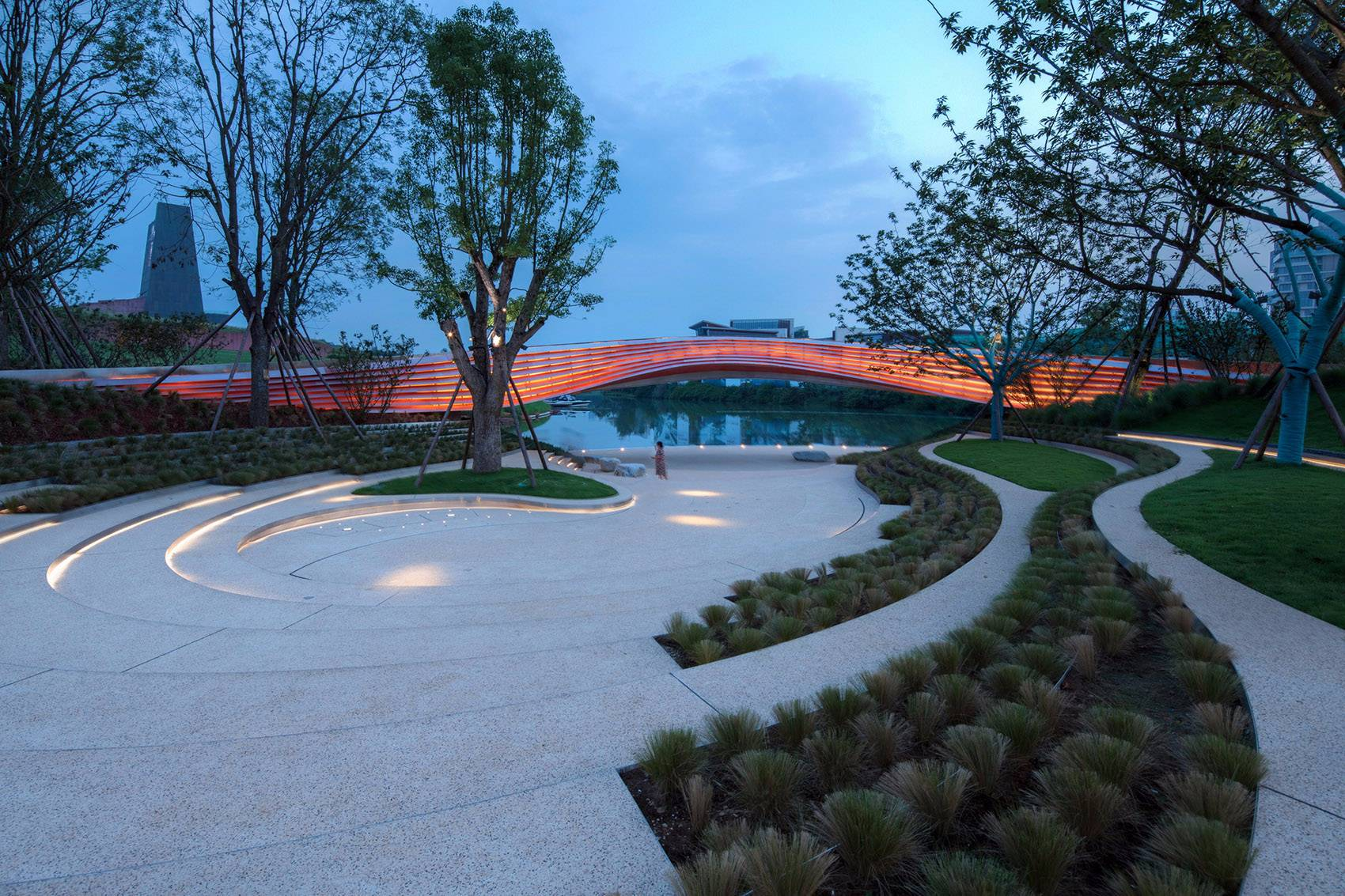 成都麓湖生态城G1艺展公园景观设计|GVL怡境ai几何图形海报设计图片