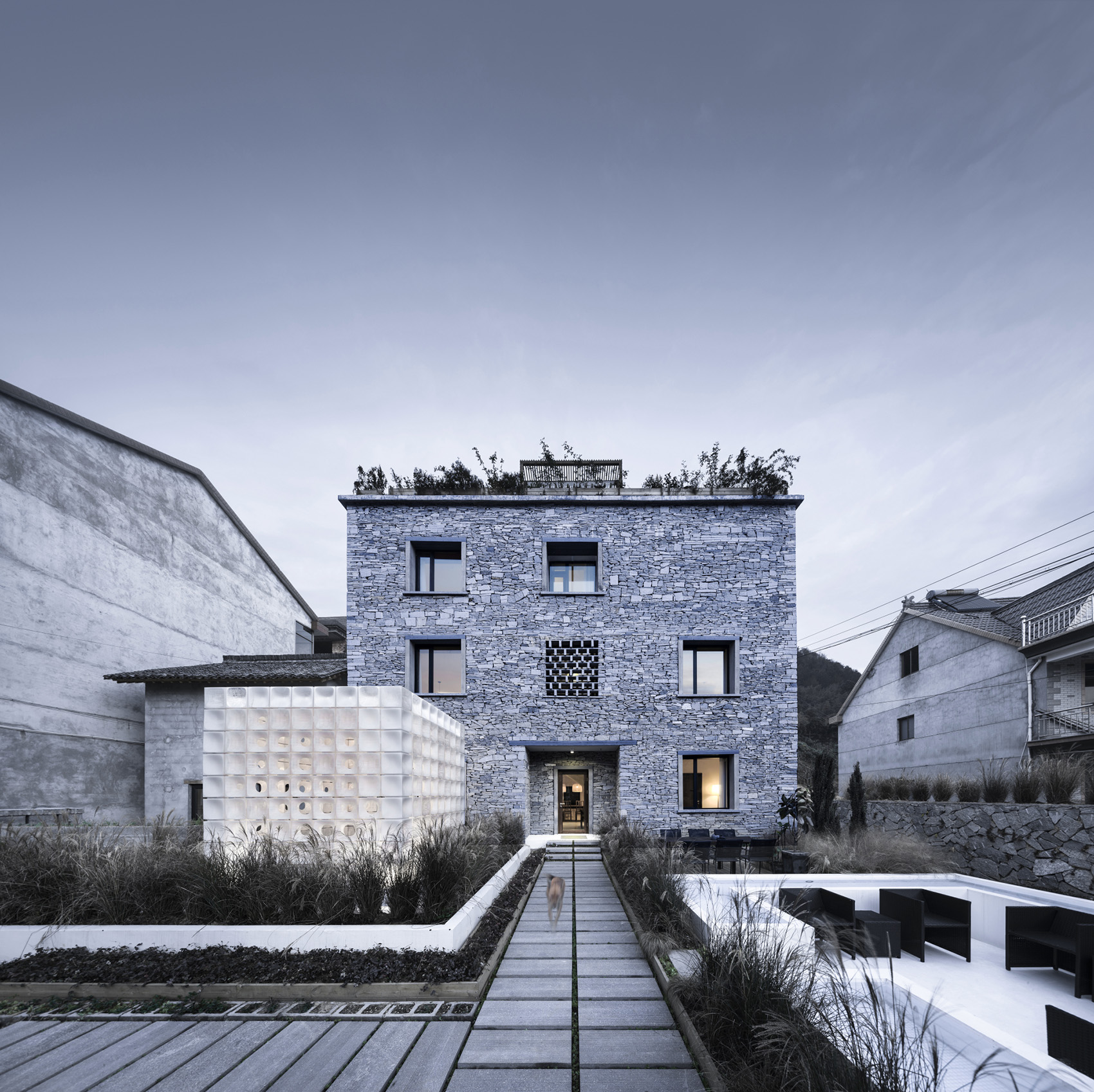 040-LEI-House-China-by-AZL-Architects.jpg