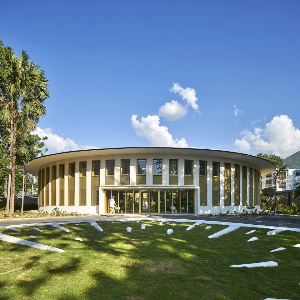 009-french-embassy-in-haiti-by-explorations-architecture-960x960.jpg